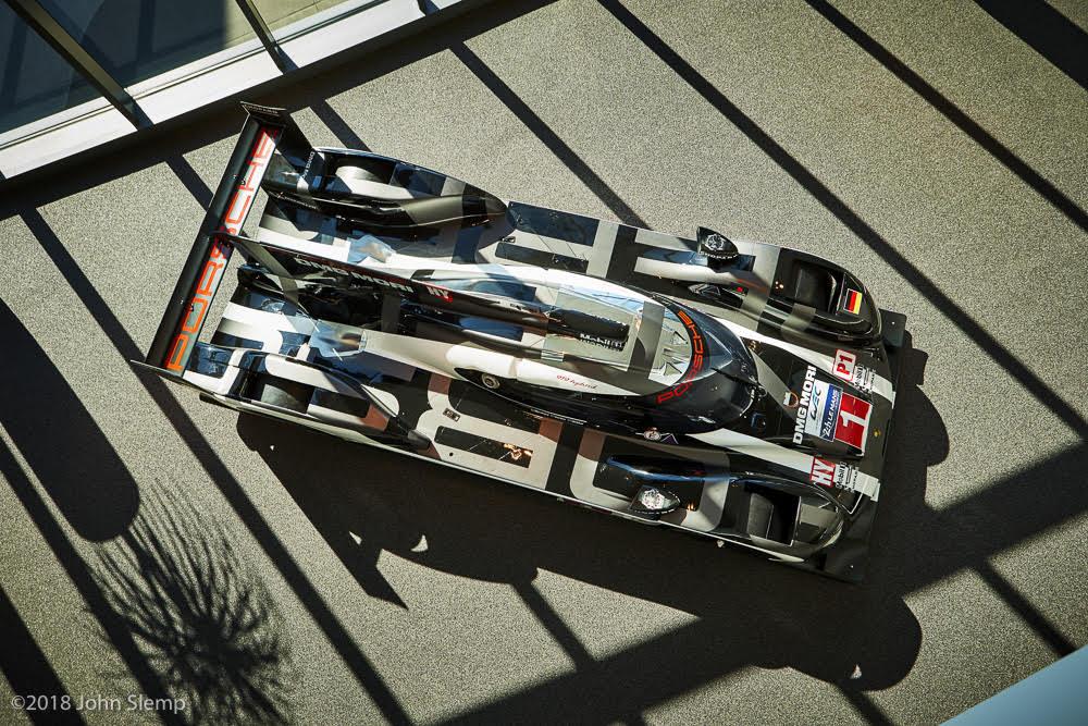 Porsche 919 Hybrid Race Car