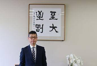 九段中等教育学校校長 牧野写真.jpg