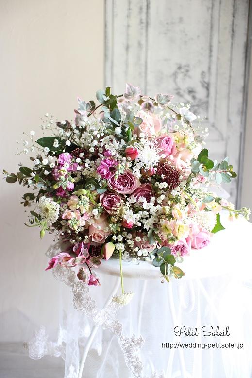 217.ピンク小花のクラッチブーケ