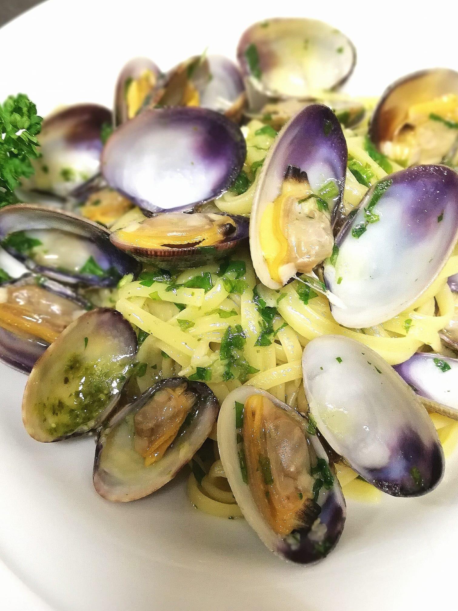 Spaghetti alle vongole  | Ristornate Gold Hotel Bordighera
