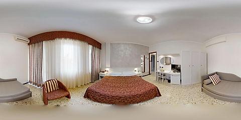 Gold-Hotel-12122018_140258.jpg
