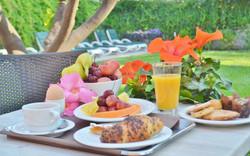 Colazione in giardino Dessert | Ristornate Gold Hotel Bordighera