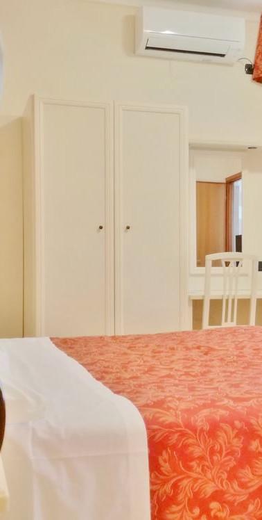 camera da letto 103.jpg
