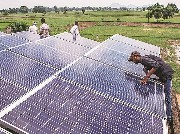 Solar energy installations drop to 49% in Q1 over lack of fund availability