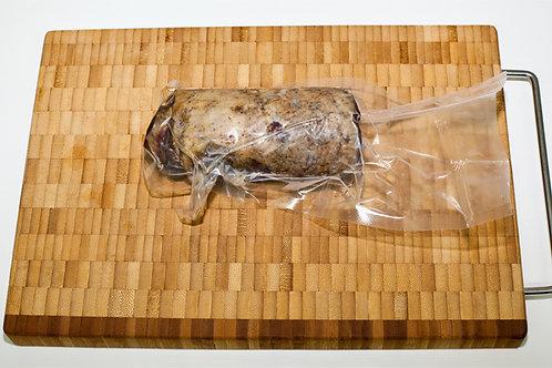 Мини рулет из мяса гуся копчёный с черносл. 100 гр