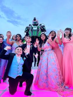 Sweet 16 Robot