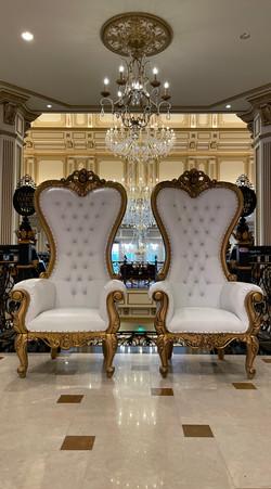 Throne chair rental