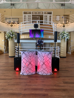 Clean DJ Setup