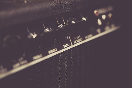 音楽アンプの修理