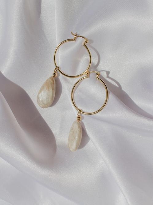 Casandra Earrings