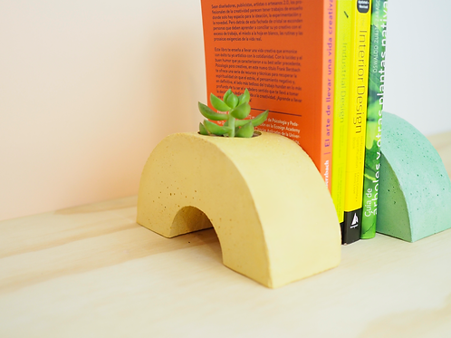 Elbowl Bookend