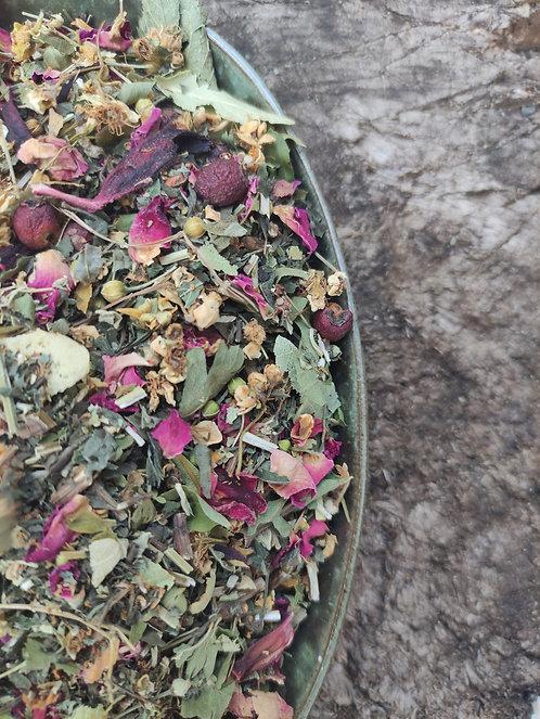 HEALTHY HEART HERBAL BLEND - Hawthorn flowers, berries, motherwort & rose
