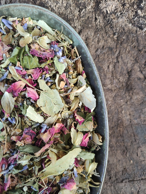 SWEET DREAMS HERBAL TEA BLEND - Calms the Nervous System and Quells Anxiety