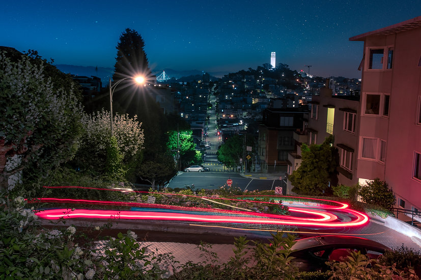 Lombard Street (California)