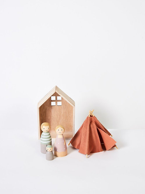 PLAYTIME WOODEN PEOPLE IN HOUSE WITH TEEPEE - SMALL
