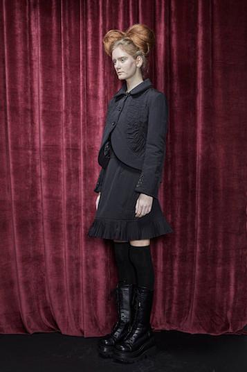 A-shape Mini Padded Skirt_SIDE.jpg