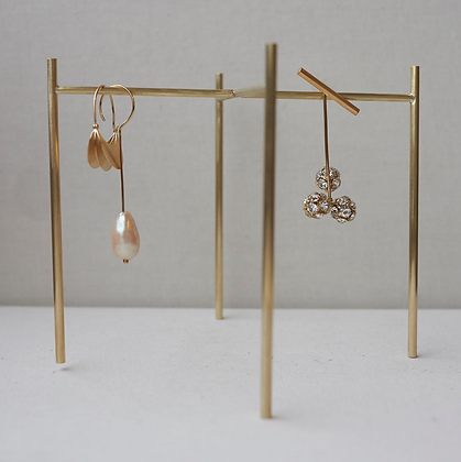 Beaufille Maman Earing Stand