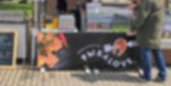 Витрина с баннером.jpg