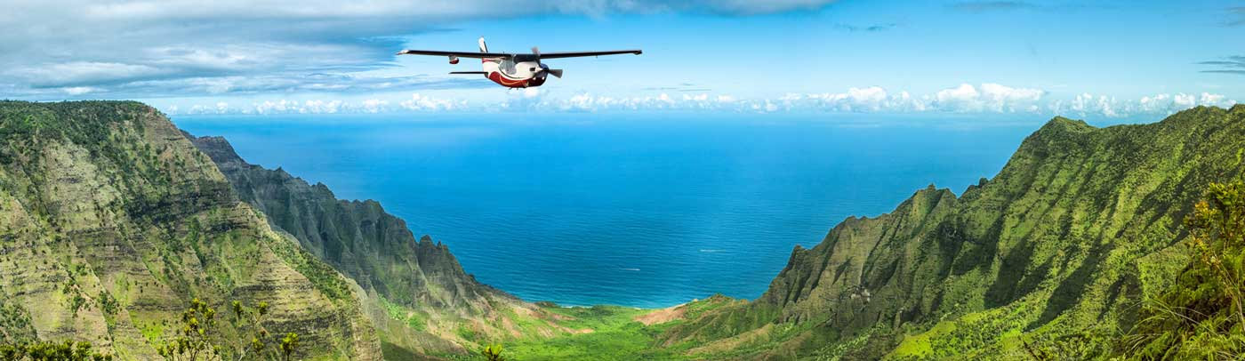 contact book flight experience hawaii flying