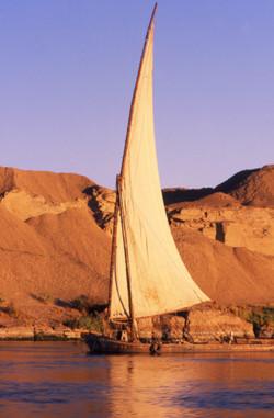 Felucca por el Nilo. Egipto
