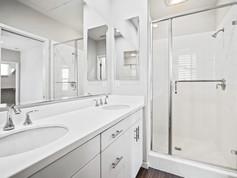 53 Bay Laurel - Irvine Master Bathroom.j