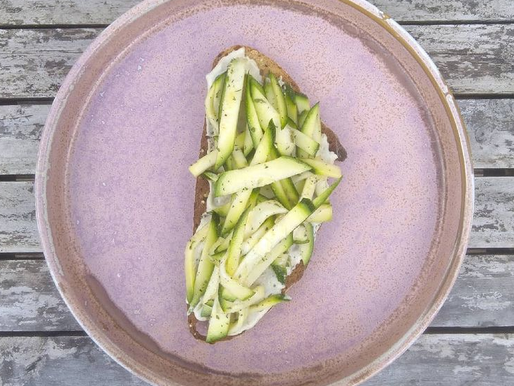 Courgette Salad with fennel & mint