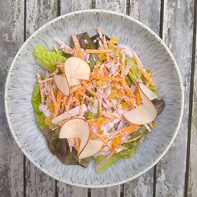 Carrots, apples, sweet sultanas and a savoury and creamy dressing made with mixed, toasted, nuts all perfect with Platt Fields Market...