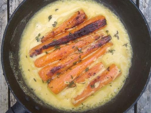 Carrots with tahini, orange & thyme sauce