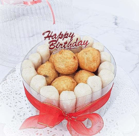kue ulang tahun pempek