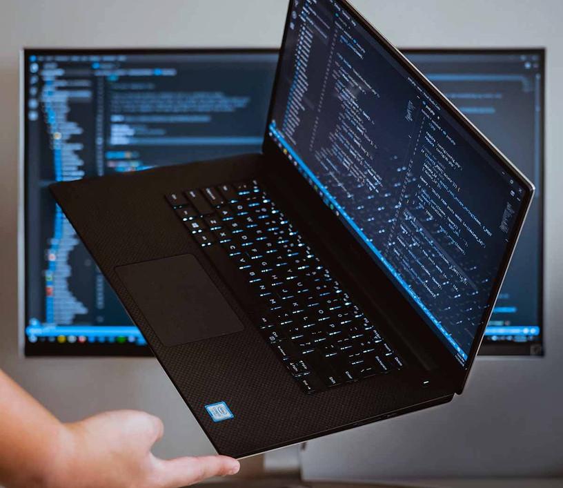 laptop in SEO expert Jakarta