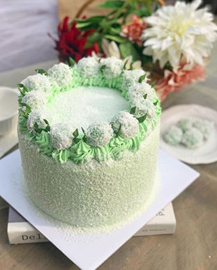 klepon-cake-birthday-cake