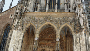 We can do hard things - climbing the Ulm Cathedral