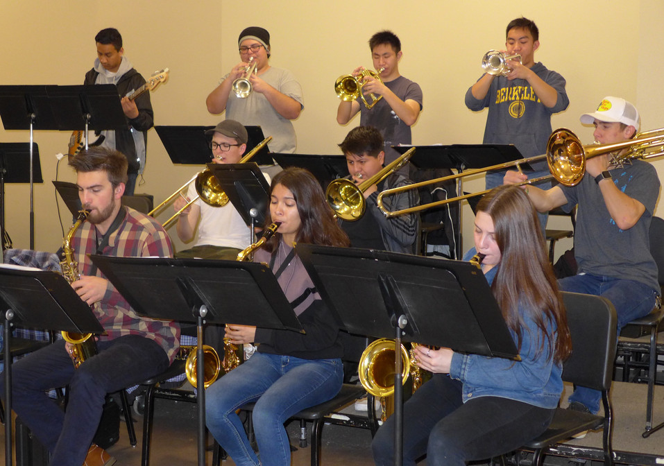 Professional workshops prepare AHS bands for competition