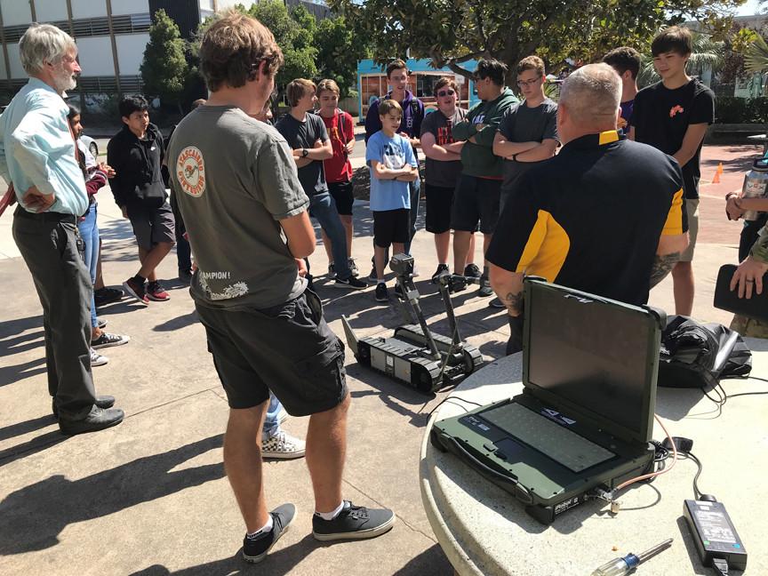 Robotics students visit Cal Poly to see Army robot