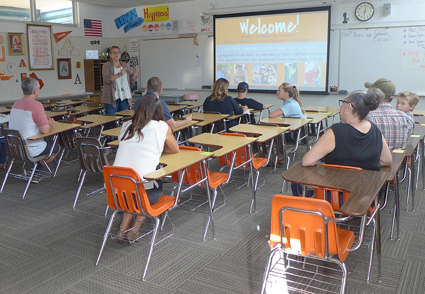 Back to School Night provides opportunity to meet teachers, get information