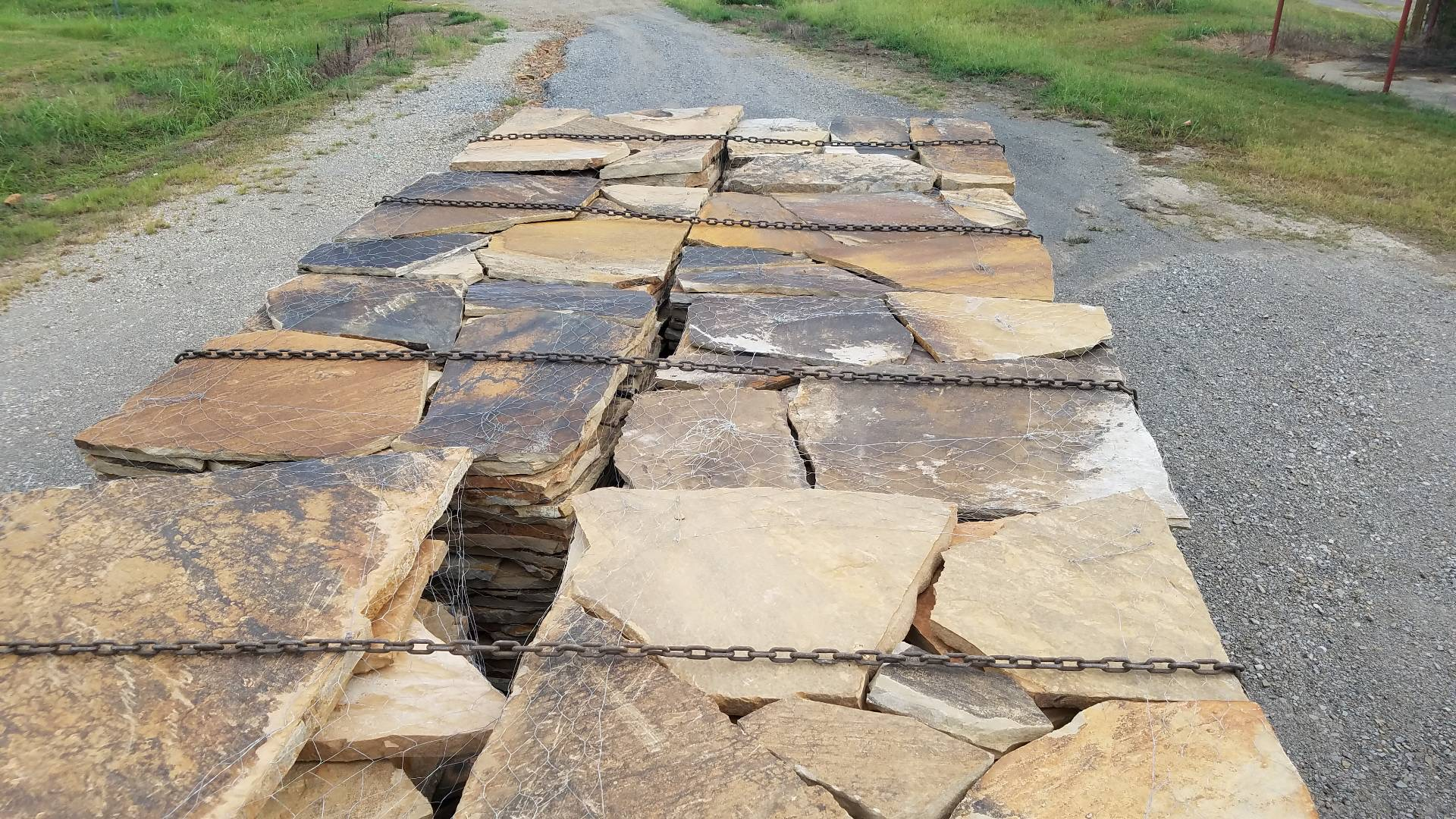 JAMES CREEK FLAGSTONE IN SLABS AVAILABLE
