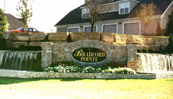 BRADFORD POINTE ENTRY MONUMENT
