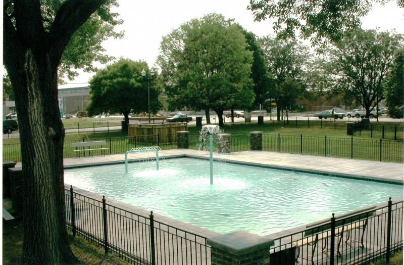 BILL WOODS CHILDRENS FOUNTAIN