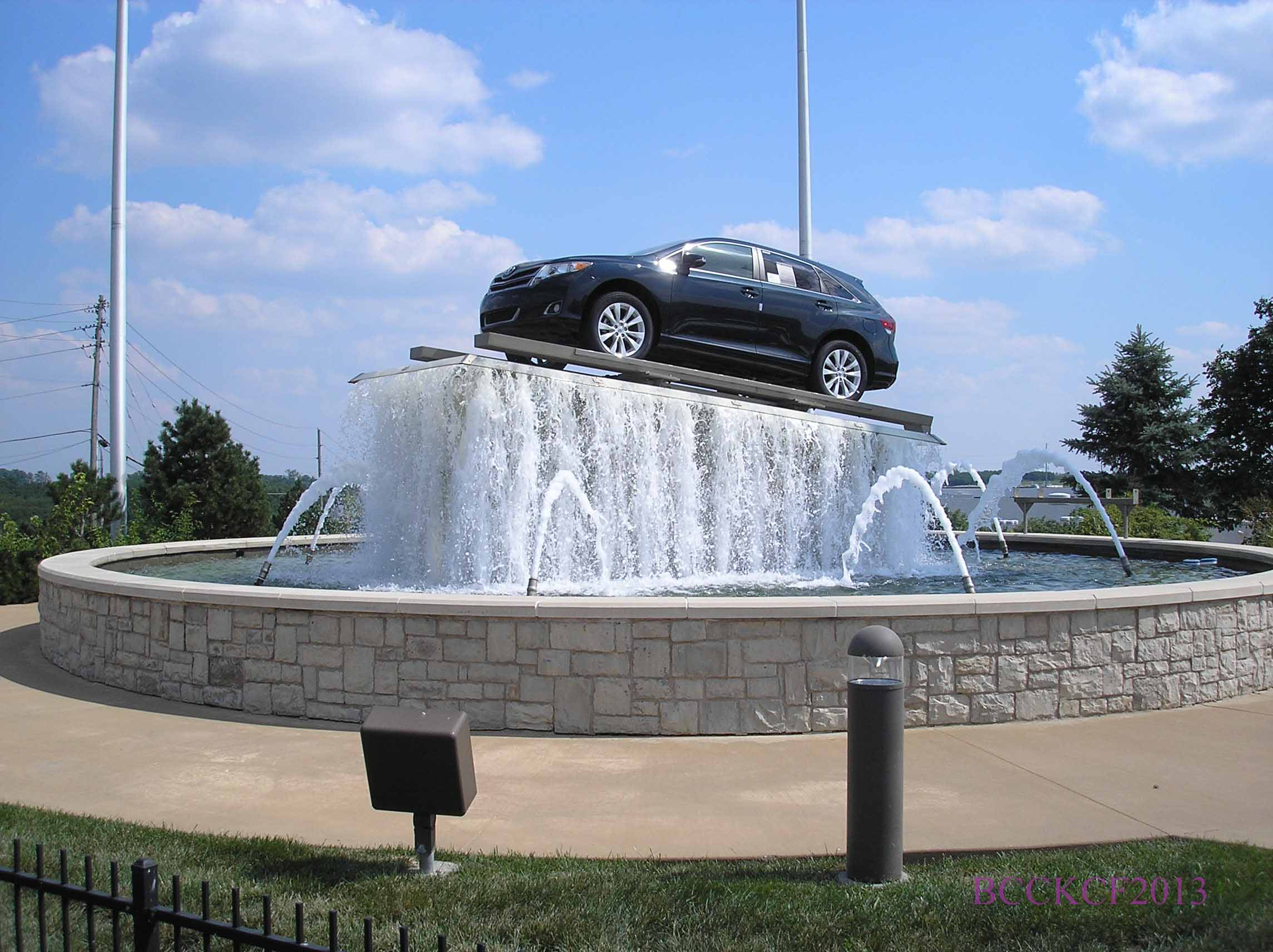 JAY WOLFE AUTO FOUNTAIN I-29 NORTH