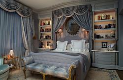 Ламбрекен над кроватью