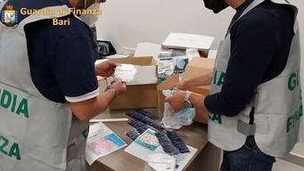 MONOPOLI - Sequestro di mascherine anti Covid non conformi