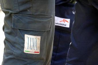 TARANTO - ArcelorMittal apre un dialogo con l'operaio licenziato per un post su Facebook