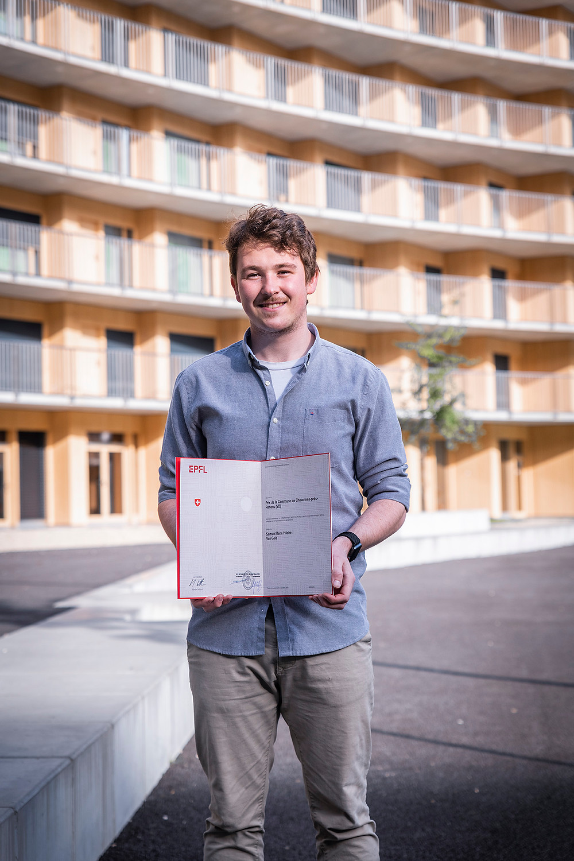 Samuel Van Gele, lauréat 2020 du prix de la commune de Chavannes décerné par l'EPFL.