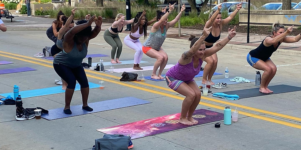 Alt Yoga Booty Edition!