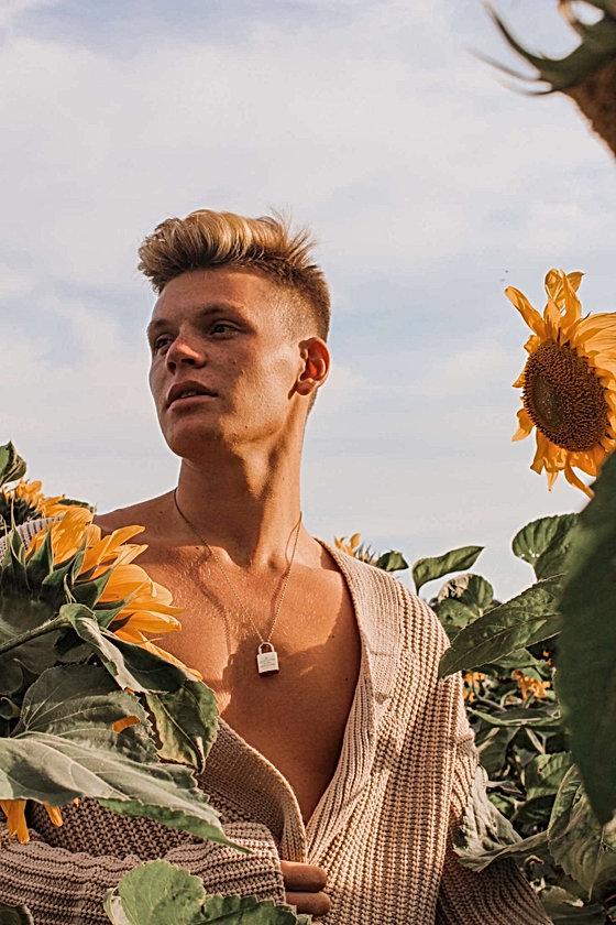 Olly Gooch - Male Model - The Beautiq Ta