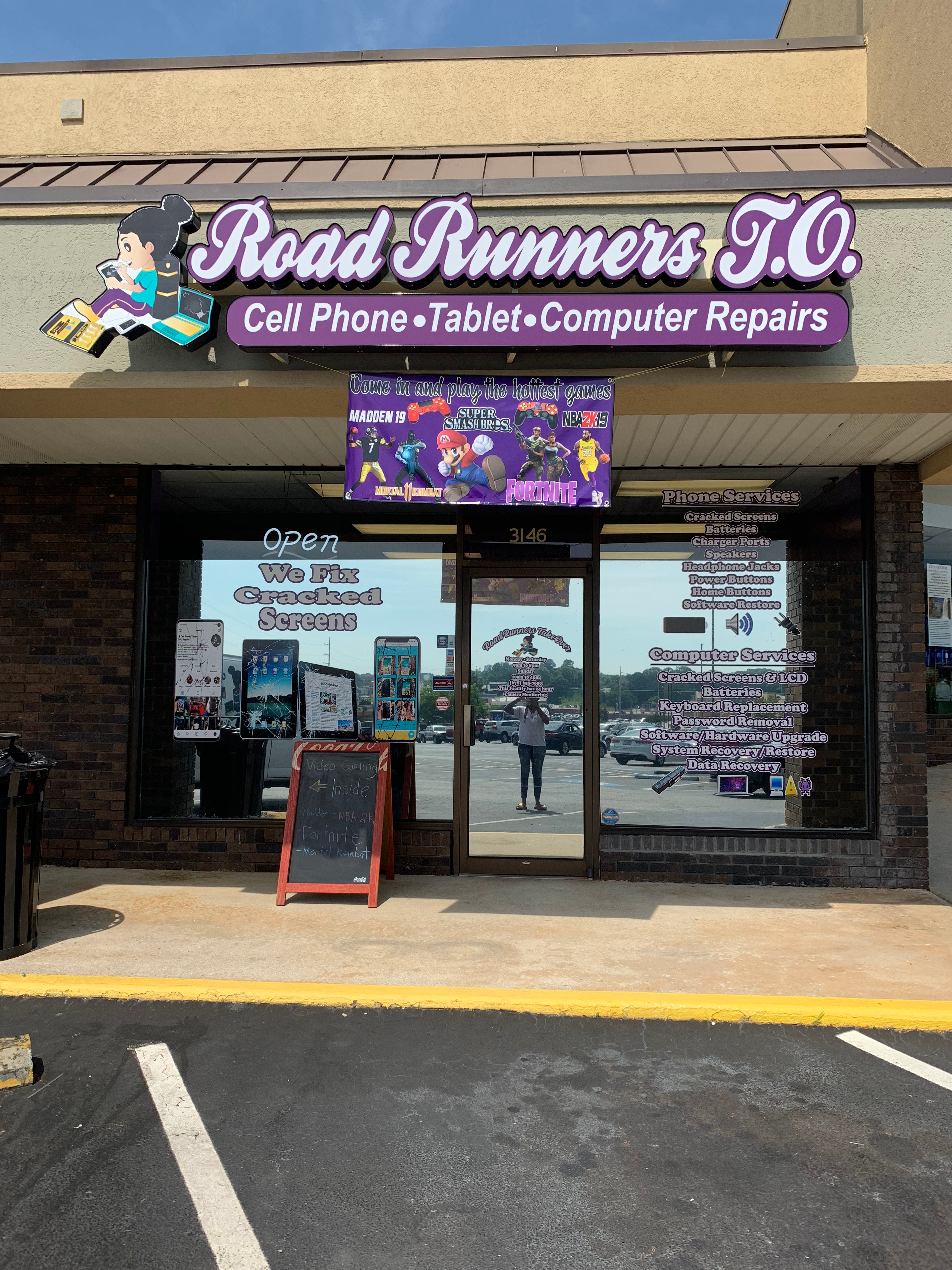 RoadRunners TakeOver Cell Phone & Computer Repairs