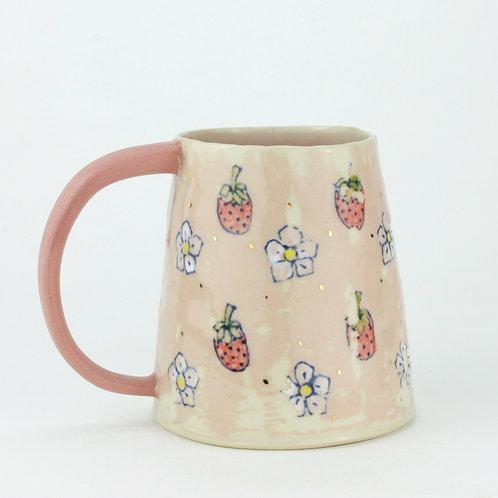 Strawberry wallpaper mug