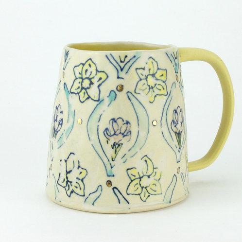 Crocus and daffodil wallpaper mugs