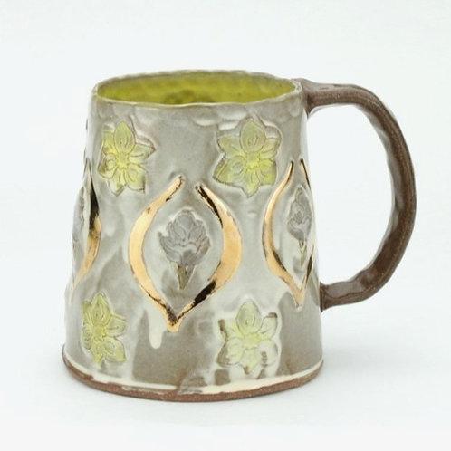 red crocus and daffodil wallpaper mug