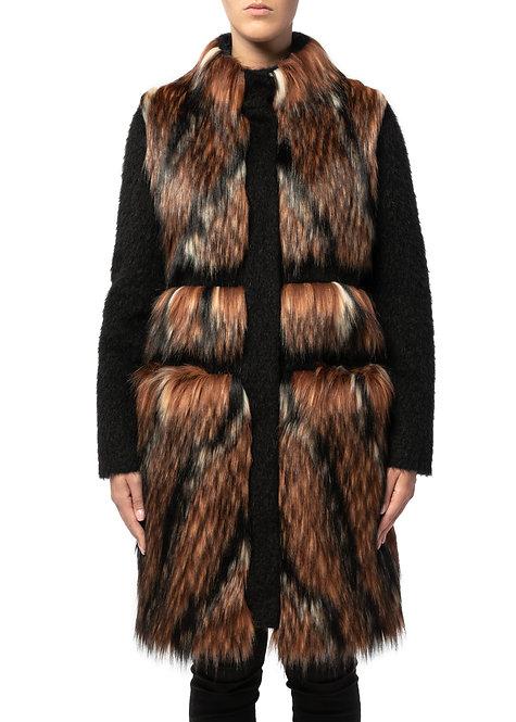 Cappotto in pelliccia ecologica (Faux fur coat)